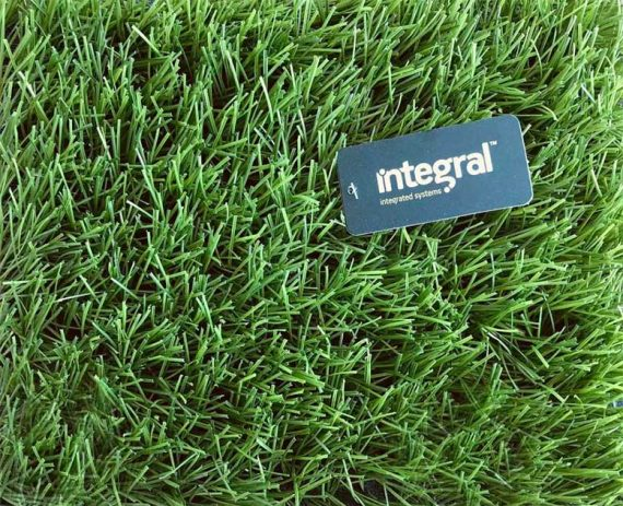super-fake-grass-v