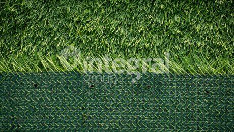 fake-grass-for patio
